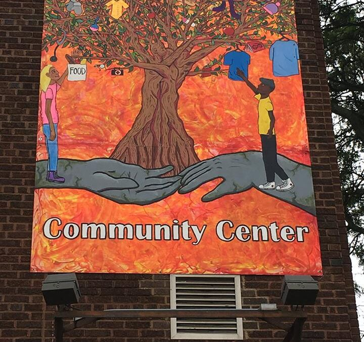 REACH's Teen Community Art Project for Cristo Rey Community Center